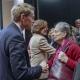 Bundesratspräsident Günther im Gespräch mit Überlebenden © Zensen / Zentralrat Deutscher Sinti und Roma