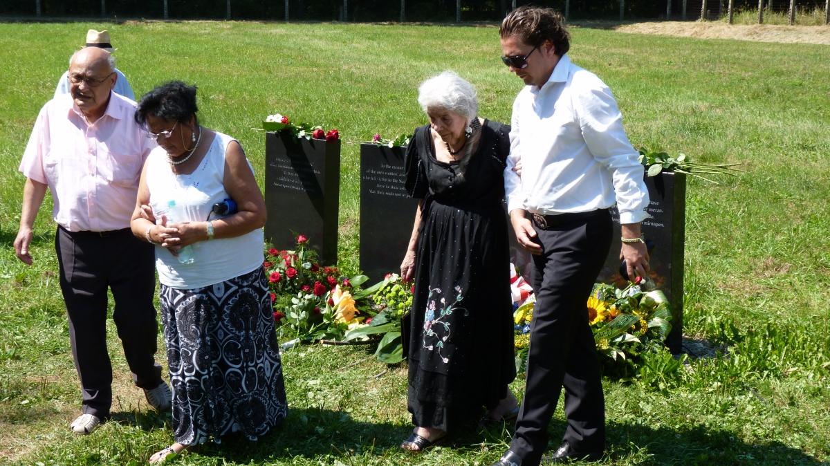 2012_Krematorium V_Jugendliche